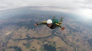 Jean-Luc Lahaye - Parachutisme 2015 (chute libre)