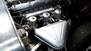 1965 Jaguar E Type Video 1