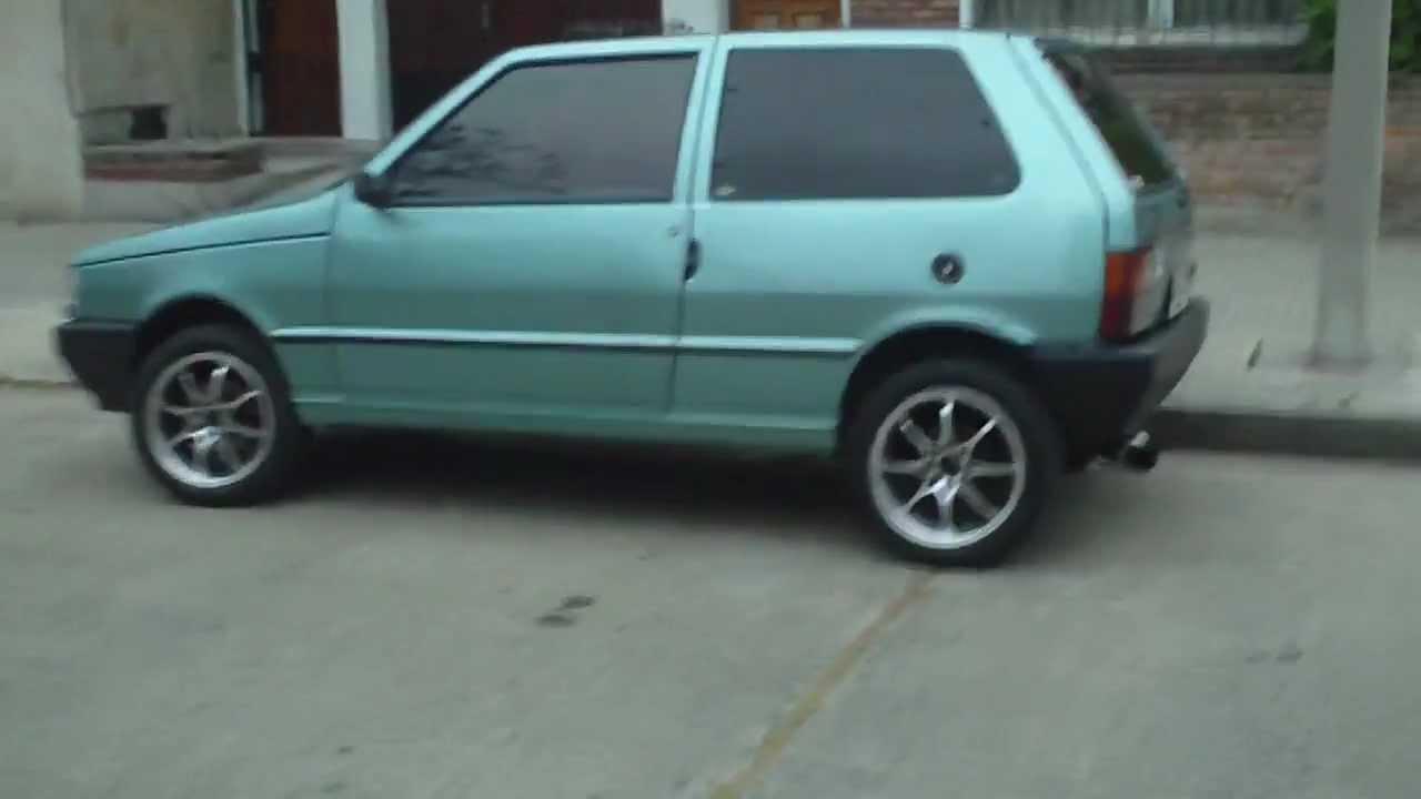 Fiat Unocs del 95' con llantas 15