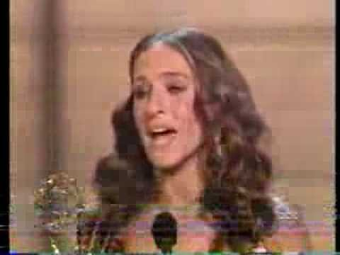 """Sarah Jessica Parker wins 2004 Emmy Award for Lead Actress in a Comedy Series"""