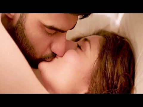 kareena kapoor and arjun kapoor kissing scenes from ki and ka movie
