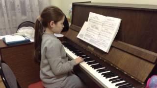 Урок фортепиано. 1 класс..(Играет Ангелина К., 7 лет. Педагог Князева Людмила Юрьевна., 2015-10-30T19:17:20.000Z)