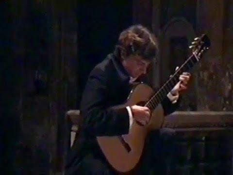 J.Turina Fandanguillo op.36 classical guitar live in Rome