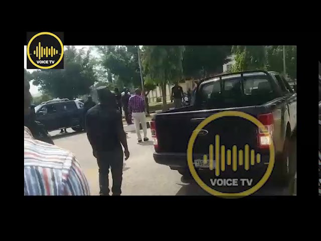 Sowore Detention: Who Lied ? DSS, Protesters Or Journalist Be The Judge