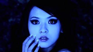 Смотреть клип Armin Van Buuren - Blue Fear