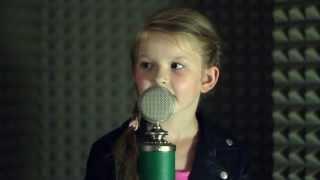 Króliczek - Weronika Sanbor - Olejarz(6 lat), piosenka dziecięca
