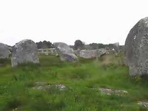 carnac megaliths