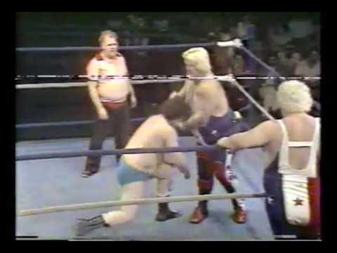 The Sailor Whites vs  Ronnie Lee & Peter Parker (1977)