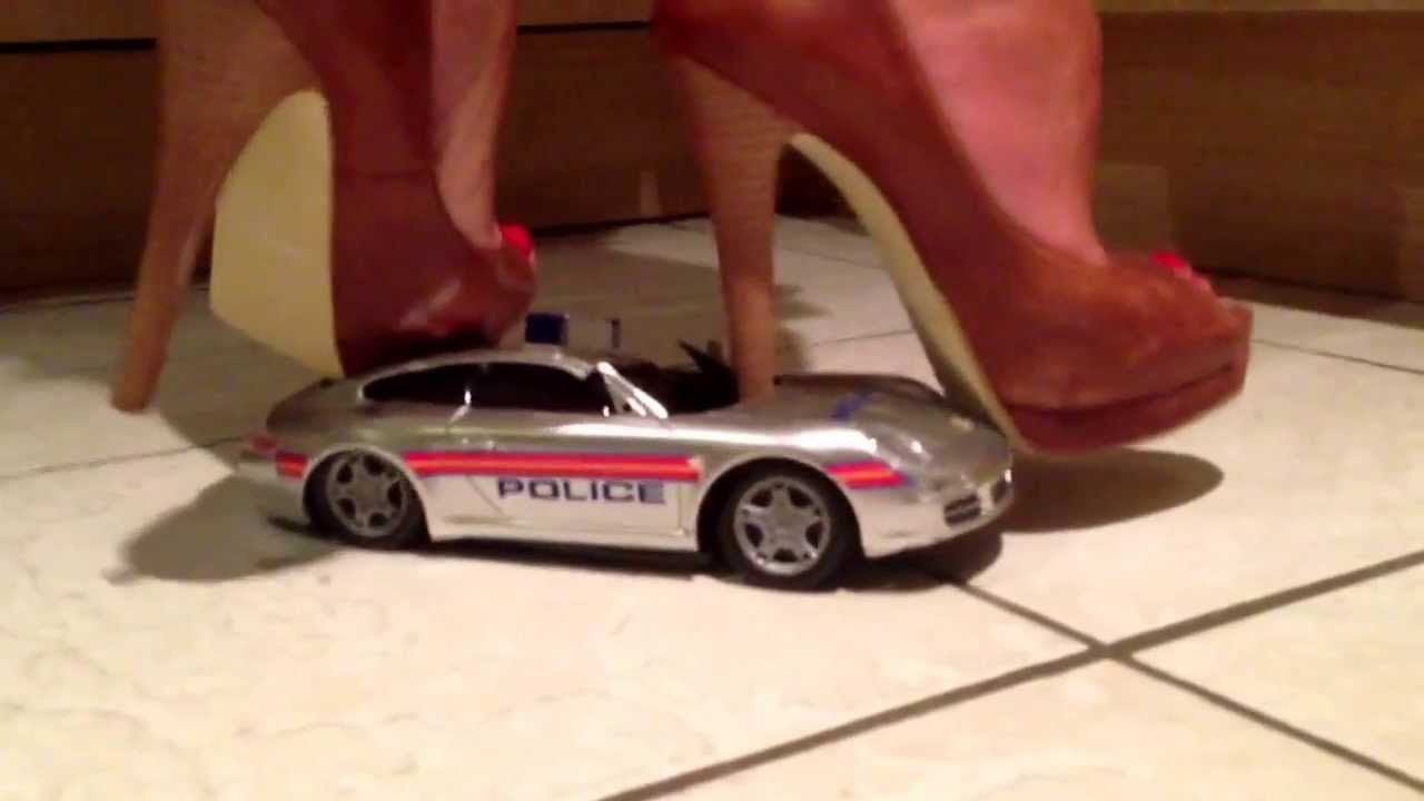 Crushing a toy car - 1 4