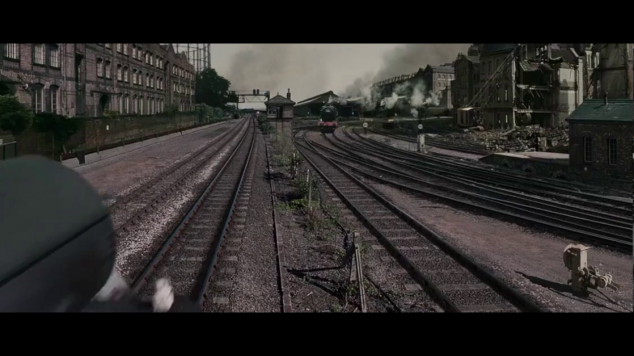 The Chronicles Of Narnia Electric Train Scene Youtube