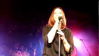 Belinda Carlisle - Leave A Light On - Live in Melbourne 25 Feb 2012