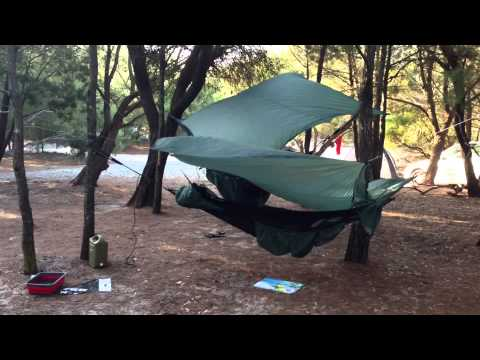 camping at rainbow beach qld with clark jungle hammock   youtube  rh   youtube