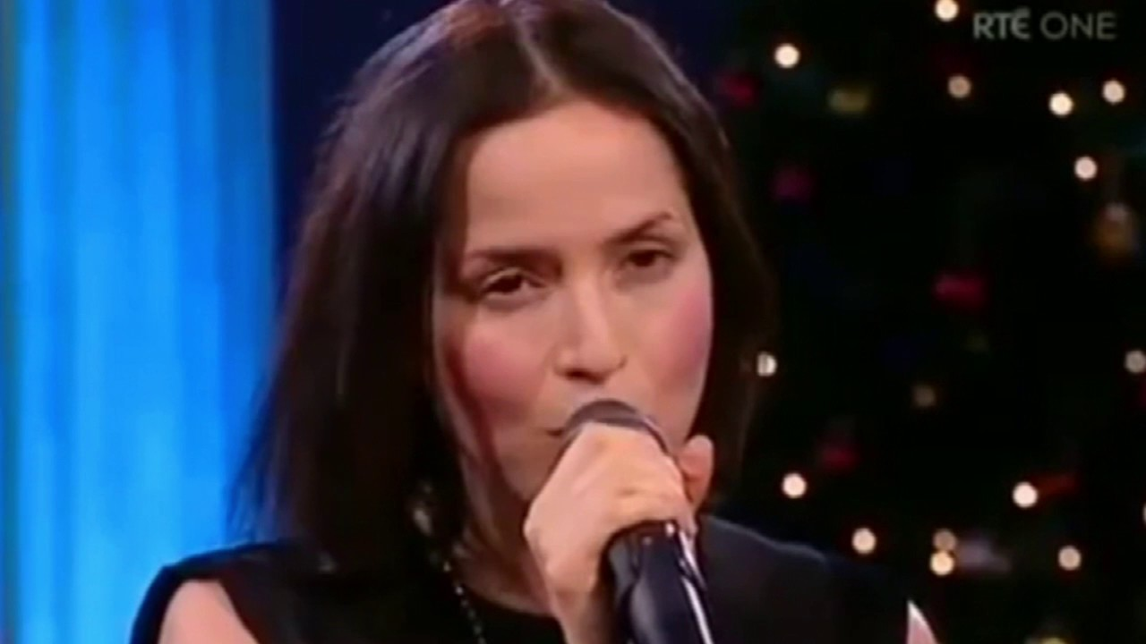 Andrea corr the corrs o holy night youtube andrea corr the corrs o holy night altavistaventures Choice Image