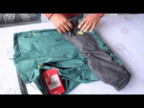 The North Face M Venture Jacket  - How To Stow The Jacket? - Cómo Guardar La Casaca En El Bolsillo