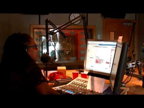 99.9 Fox FM Studio Tour