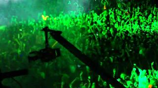 Tiesto - Maximal Crazy - Feel It In My Bones - Ultra Music Festival Miami 2011