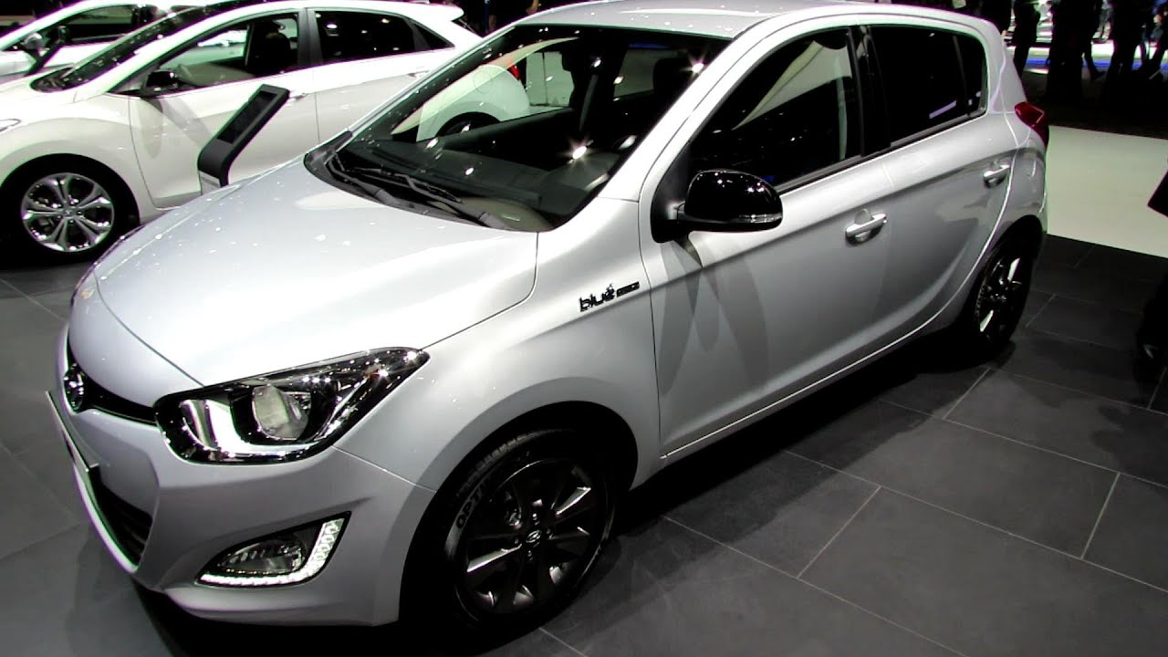 2014 hyundai i20 blue drive exterior and interior walkaround 2014 geneva motor show youtube. Black Bedroom Furniture Sets. Home Design Ideas
