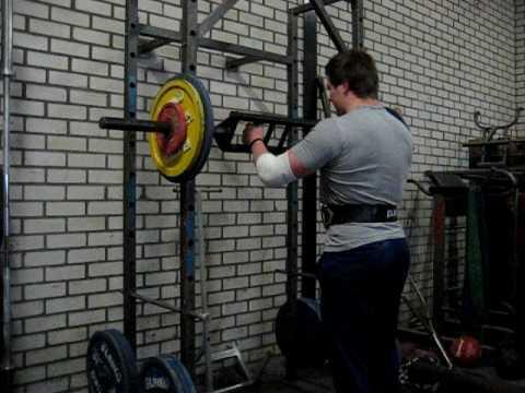 Swiss bar military press 4x90kg