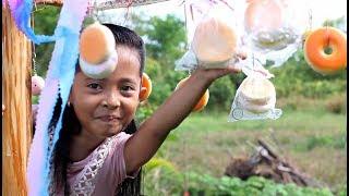Download Video lomba 17 Agustus lucu Panjat Pinang Squishy - HUT RI ke-72 - Little princess shinta MP3 3GP MP4