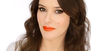 Keira Knightley Red Carpet Look - How to Wear an Orange Lip Thumbnail