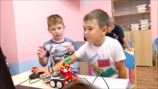 Занятие по робототехнике в детском саду Легополис