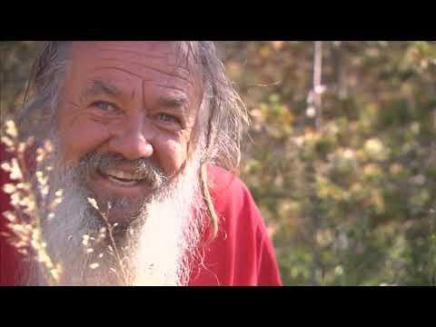 Wolf-Dieter Storl im Gespräch mit einem Cheyenne Indianer