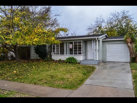 3832 Loma Alta Drive San Diego, CA 92115 Presented by Herlinda Ryan