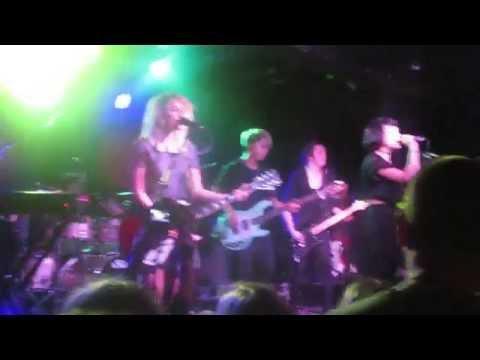 Hey Violet - Mr & Mrs Smith live