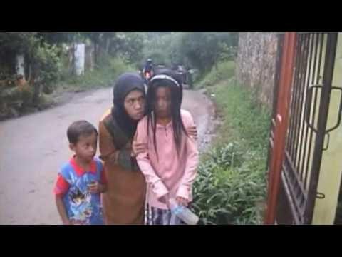 #2 Kisah-Kisah Kecil - Kisah Seorang Anak yang Dipaksa Mengamen untuk Menafkahi Keluarga
