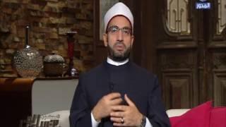 سالم عبد الجليل يكشف عن خوارق العادات الخمس.. فيديو