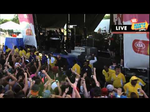 Motionless in White - A.M.E.R.I.C.A [Live] - Warped Tour 2014