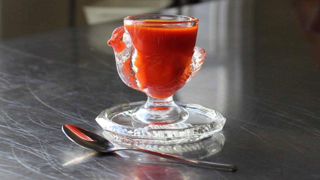 Sriracha - Homemade Sriracha Hot Chili Sauce Recipe - Rooster Sauce