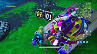 Fortnite How to Get a Score of 10 or more on a Carnival Clown Board