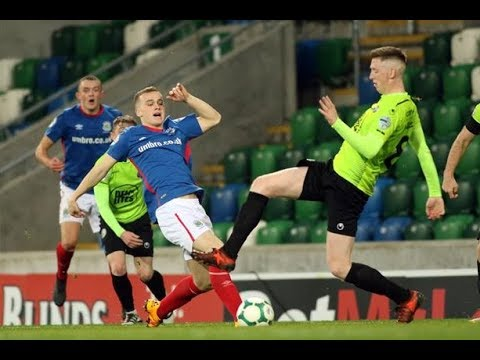 Linfield v Warrenpoint Town 3/11/18