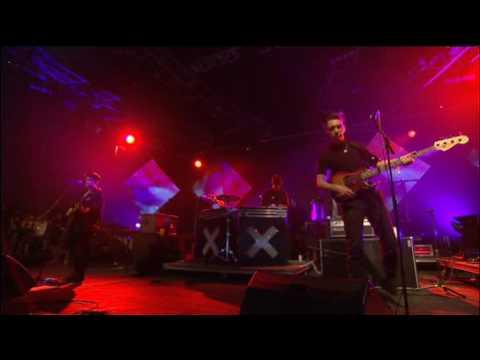 The XX - Crystalised (Live at Glastonbury 26-6-2010)