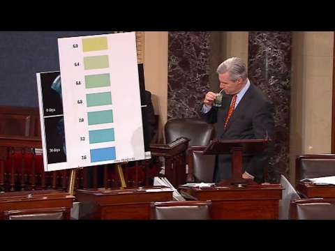Sheldon Whitehouse Conducts Science Experiment on Senate Floor
