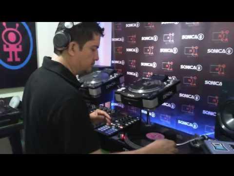 Sonica Beats By Gilbert*  (Set d practicas Vinilo Techno Old School  )