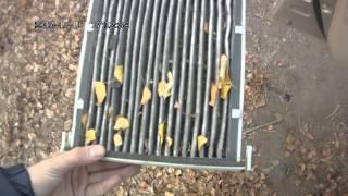 Замена салонного фильтра на Toyota Corolla e12(Меняем салонный фильтр на Toyota Corolla e12. Для пожертвований на покупку видеокамеры мои кошельки в вебмани:..., 2013-11-16T11:37:23.000Z)