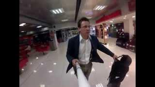 Роликовые кеды Heelys в аэропорту(http://sale-mag.com/heelys - купить роликовые кеды Heelys. http://sale-mag.com/brand/heelys - статьи про роликовые кеды Heelys., 2014-07-29T08:21:45.000Z)