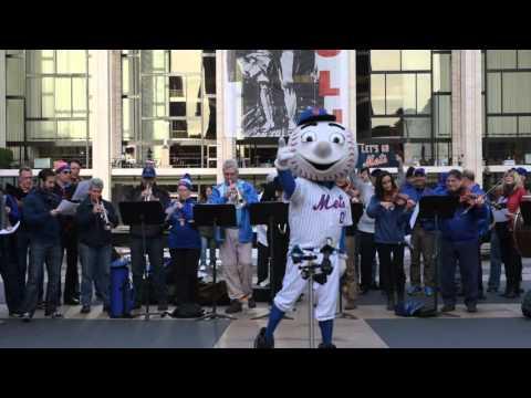 """""""Meet the Mets"""" with Mr. Met"""