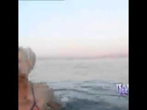 Emilia Attias En Israel (el Mar Muerto)