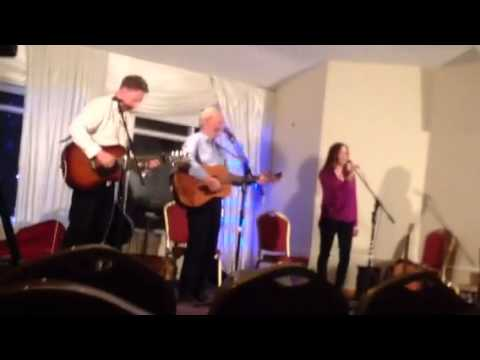 The Galway shawl. Sean & James Cannon and Evelyn McGonigle. Ballyliffen 2015