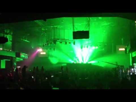 DASH BERLIN playing Nicky Romero & Nervo «Like Home» (4AM Remix) @ Amnesia Ibiza, Moscow, 01.05.2013