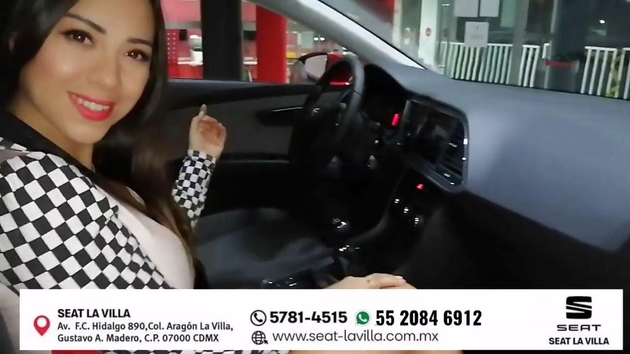 #edecan #eleganthostesses #soyseatlavilla Edecán Modelando el Seat León Style 2020 de Seat La Villa