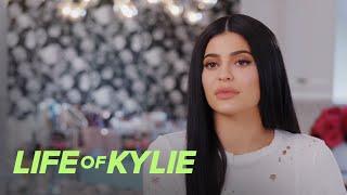 "Life of Kylie | Kylie Jenner Considers Herself an ""Outcast"" | E!"
