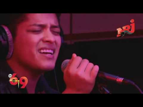 Bruno Mars - Just The Way You Are Acoustic (Live - Le 69 NRJ)