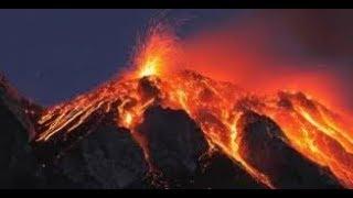 USGS WARNS!!  California 8 Volcanoes  Ready to Blow!  Earthquake Swarms  Across California!