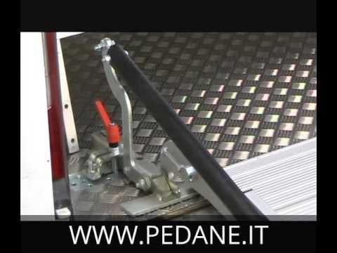 pedane rampe in alluminio per carico scarico merci youtube