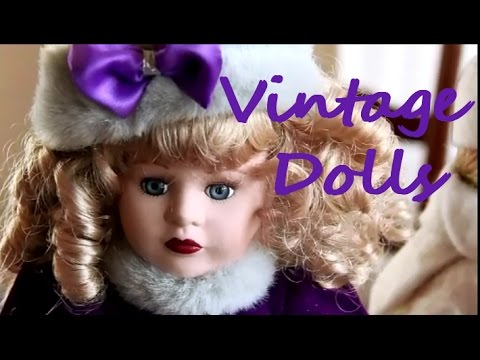So Pretty, But Unwanted! Box Of Vintage Porcelain Dolls.