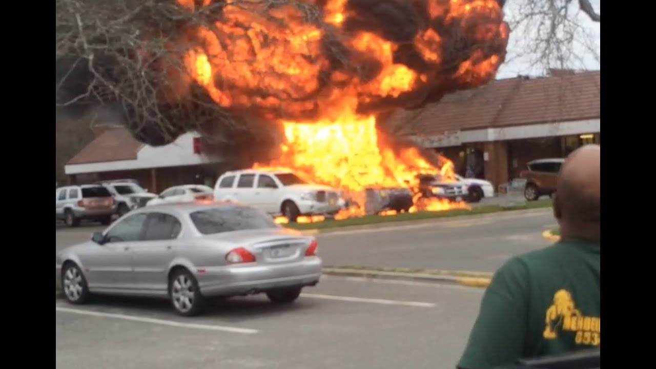 Car Explosion Long Island Parking Lot Raw Footage Of Automobile Fire And Bed Bugs